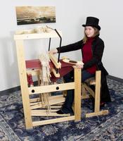 Image Julia Floor Loom